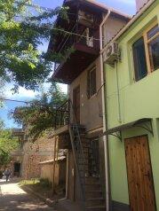 Дом, 40 кв.м. на 5 человек, 1 спальня, проспект Ленина, 15, Евпатория - Фотография 1
