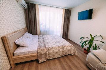 1-комн. квартира, 35 кв.м. на 4 человека, Боевая улица, 7, Феодосия - Фотография 1