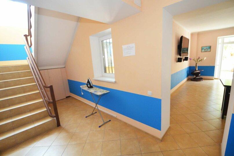 """Гостевой дом """"Дельфин"""", улица Листовничей, 10 Б на 11 комнат - Фотография 17"""