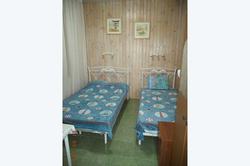 """Гостевой дом """"Веста"""", Азовская улица, 11 на 4 комнаты - Фотография 10"""