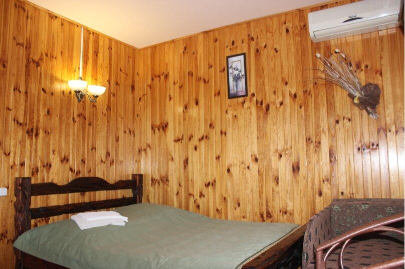 Уютный домик среди зелени, 18 кв.м. на 3 человека, 1 спальня, улица Ленина, 36, Алупка - Фотография 7