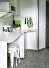 Апартаменты 2+2:  Номер, Стандарт, 4-местный, 1-комнатный, Гостиница, Приморская улица на 4 номера - Фотография 4
