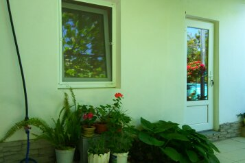 Садовый дом, 15 кв.м. на 2 человека, 1 спальня, улица Бирюзова, 6, Судак - Фотография 2