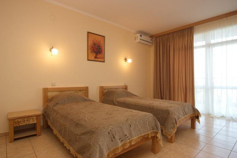 Стандарт с двумя односпальными кроватями, Можжевеловый переулок, 11-А, Алушта - Фотография 4
