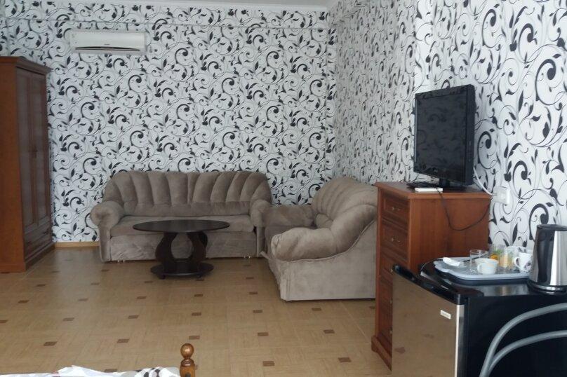 """Гостевой дом """"Волна"""", Советская улица, 17А на 12 комнат - Фотография 3"""