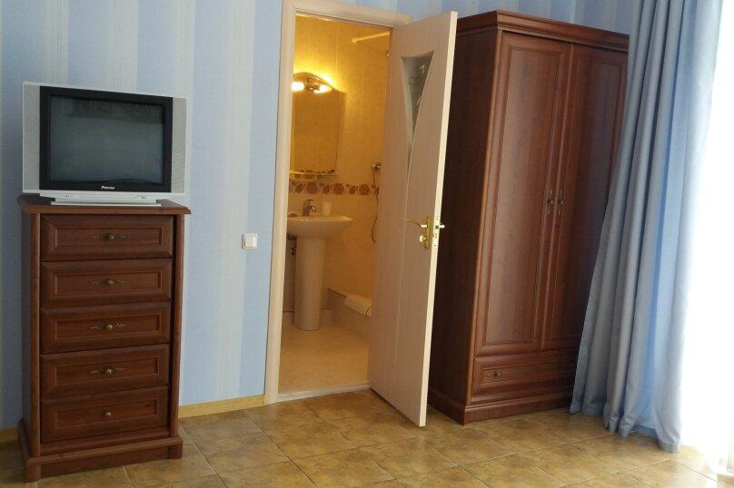 """Гостевой дом """"Волна"""", Советская улица, 17А на 12 комнат - Фотография 25"""