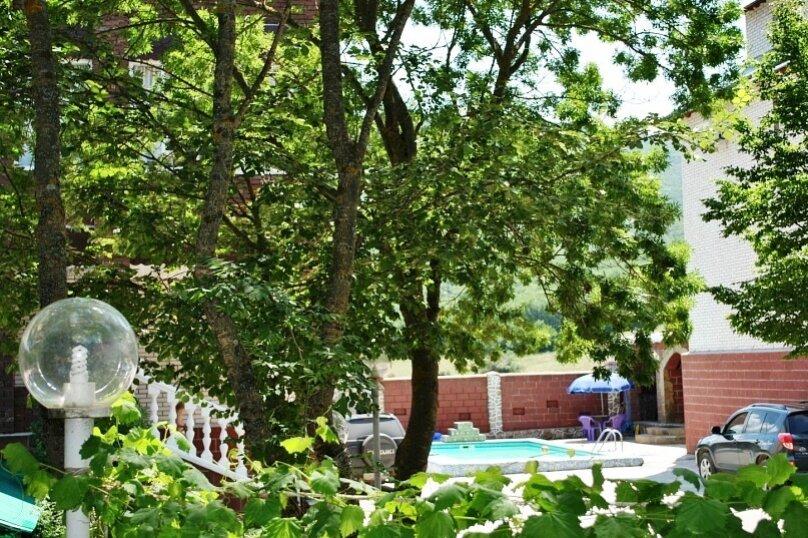"""Гостевой дом """"Кизиловое в Байдарской долине"""", Степная улица, 23-24 на 8 комнат - Фотография 4"""
