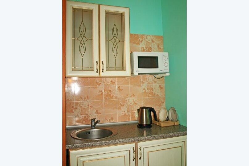 Студио-номер с мини-кухней и диваном, Большевистская улица, 20, Ялта - Фотография 4