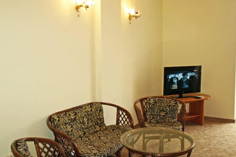 Студио-номер с мини-кухней и диваном, Большевистская улица, 20, Ялта - Фотография 5