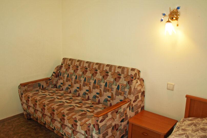 Студио-номер с мини-кухней и диваном, Большевистская улица, 20, Ялта - Фотография 6