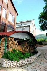 Гостевой комплекс в Байдарской долине, Степная улица, 23-24 на 16 номеров - Фотография 2
