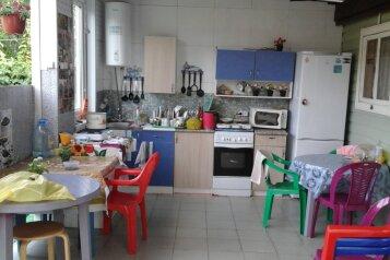 Гостевой дом , Вишнёвая улица, 28а на 10 номеров - Фотография 3
