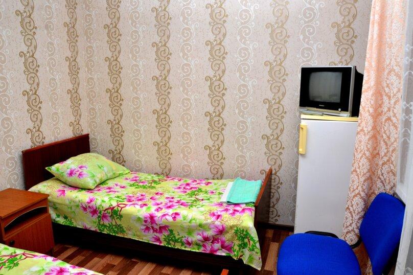 Номер на 2 с отдельными кроватями, Тургеневский проезд, 5, Анапа - Фотография 1