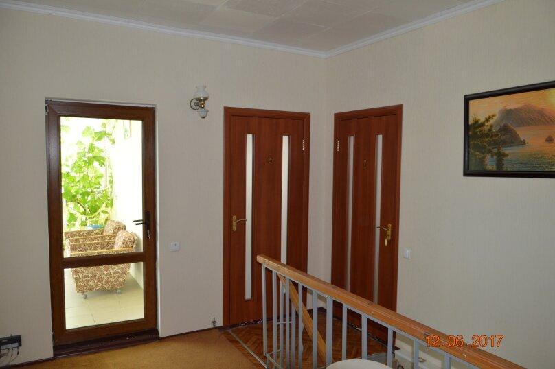 2-х местный номер + 1 доп. место с балконом стандарт, Гумилева, 5, Коктебель - Фотография 2