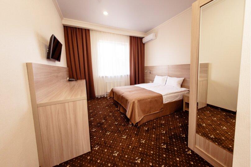 Стандартный номер с 1 кроватью или 2 отдельными, улица Бабушкина, 150, Краснодар - Фотография 6