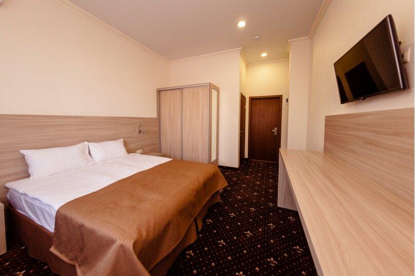 Стандартный номер с 1 кроватью или 2 отдельными, улица Бабушкина, 150, Краснодар - Фотография 8