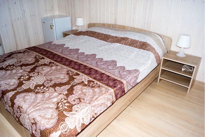 """Гостевой дом """"Родной Причал"""", улица Ленина, 134 А на 16 комнат - Фотография 19"""