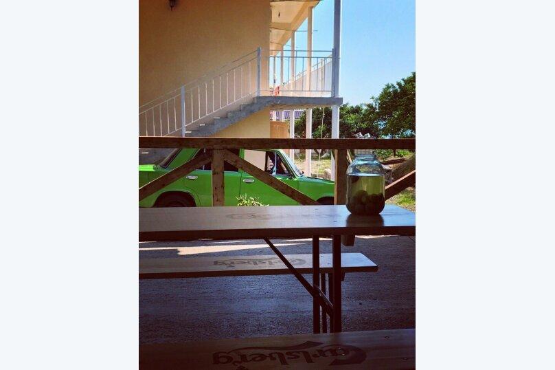 """Гостевой дом """"На Сухумском шоссе 51"""", Сухумское шоссе, 51 на 16 комнат - Фотография 15"""