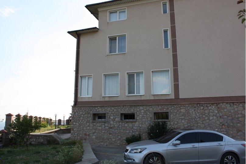 3-х этажный частный дом с видом на море и горы, 8 комнат, до 20 человек. ЮБК, 400 кв.м. на 20 человек, 7 спален, Князя Потемкина Таврического, 59, Понизовка - Фотография 19