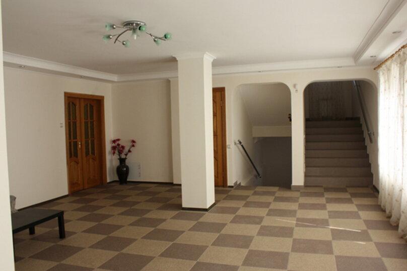 3-х этажный частный дом с видом на море и горы, 8 комнат, до 20 человек. ЮБК, 400 кв.м. на 20 человек, 7 спален, Князя Потемкина Таврического, 59, Понизовка - Фотография 20