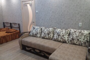 1-комн. квартира, 30 кв.м. на 4 человека, Советская улица, Феодосия - Фотография 1