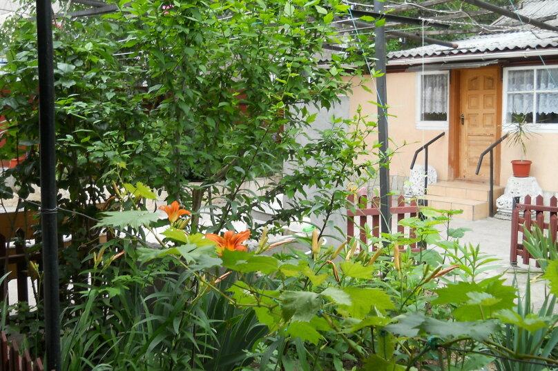 Дом с удобствами, улица Шевченко, 29, Феодосия - Фотография 1