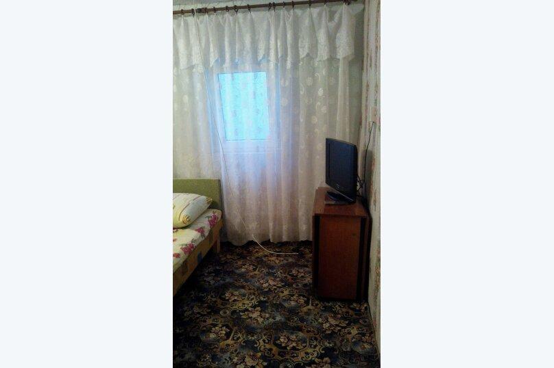 комната 3 местная, с отдельным входом с улицы, под ключ., улица Александрова, 4, Соль-Илецк - Фотография 1