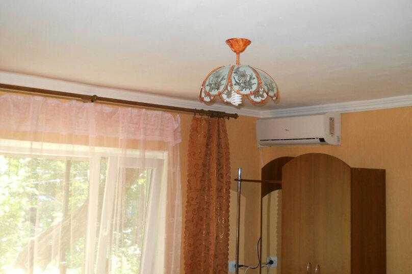Номер с удобствами, улица Шевченко, 29, Феодосия - Фотография 5