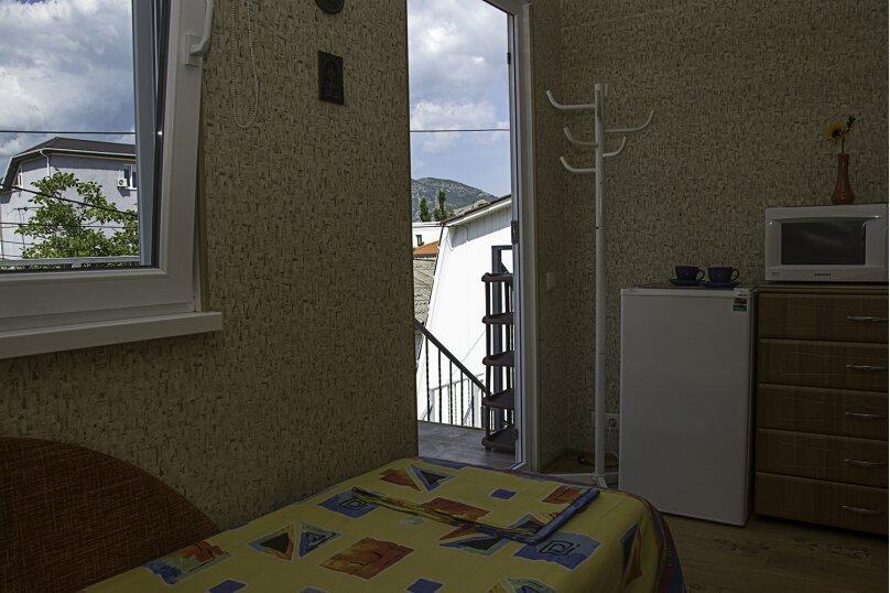 """Гостевой дом """"На 14 апреля 12"""", улица 14 апреля, 12 на 8 комнат - Фотография 40"""