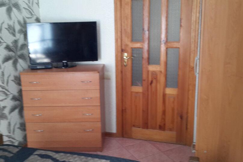 Дом, 50 кв.м. на 4 человека, 2 спальни, улица Чкалова, 61, Феодосия - Фотография 4