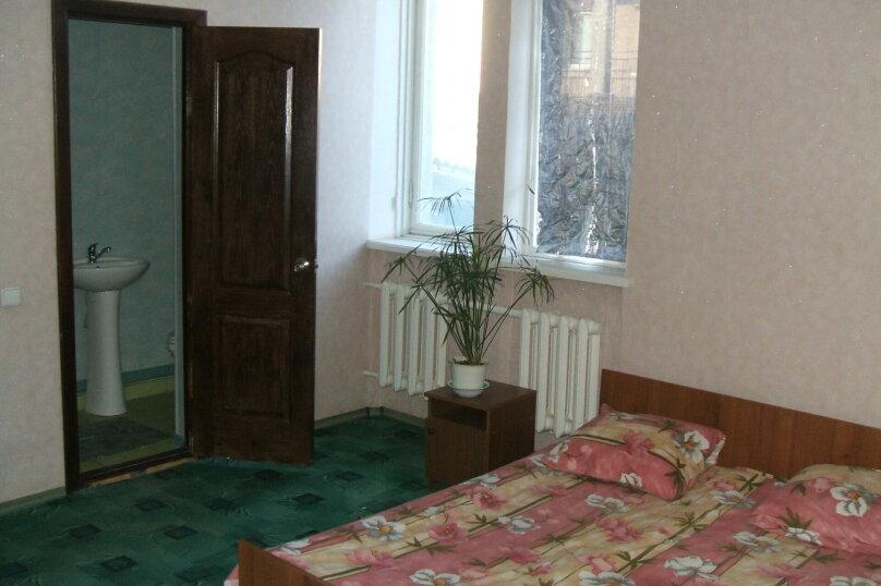 Номера с удобствами., Чкалова, 86, Евпатория - Фотография 1