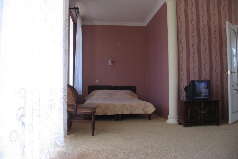 Розовый номер, пер. Долинный, 13, Коктебель - Фотография 5