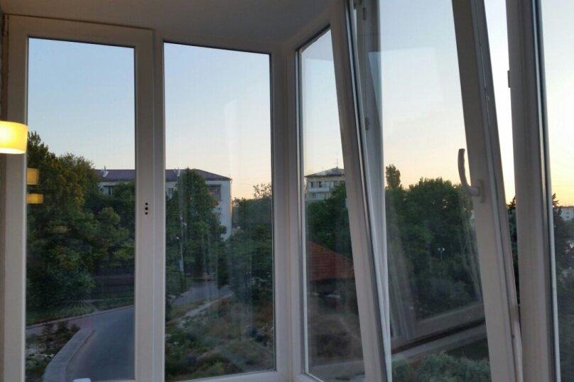 2-комн. квартира, 60 кв.м. на 5 человек, улица Репина, 1Б, Севастополь - Фотография 1