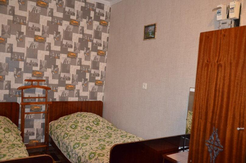 Двухкомнатный номер 1 этаж, улица Нахимова, 53, Феодосия - Фотография 2
