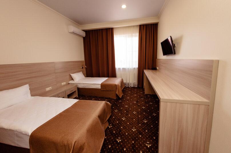 Стандартный номер с 1 кроватью или 2 отдельными, улица Бабушкина, 150, Краснодар - Фотография 9