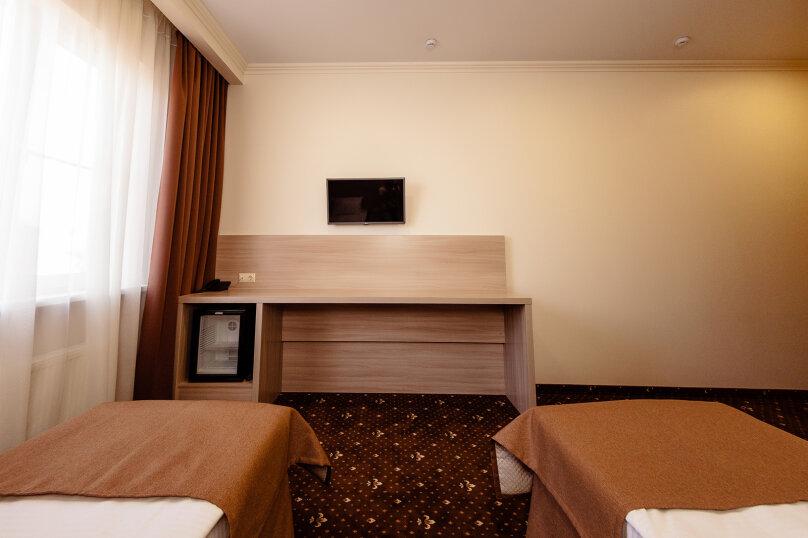 Стандартный номер с 1 кроватью или 2 отдельными, улица Бабушкина, 150, Краснодар - Фотография 11