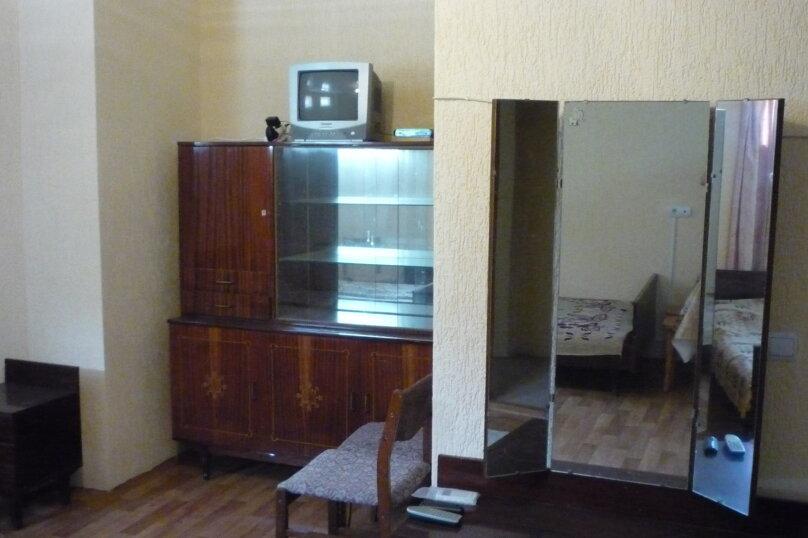 В цокольном этаже, Камышовая улица, 4А, Заозерное - Фотография 4