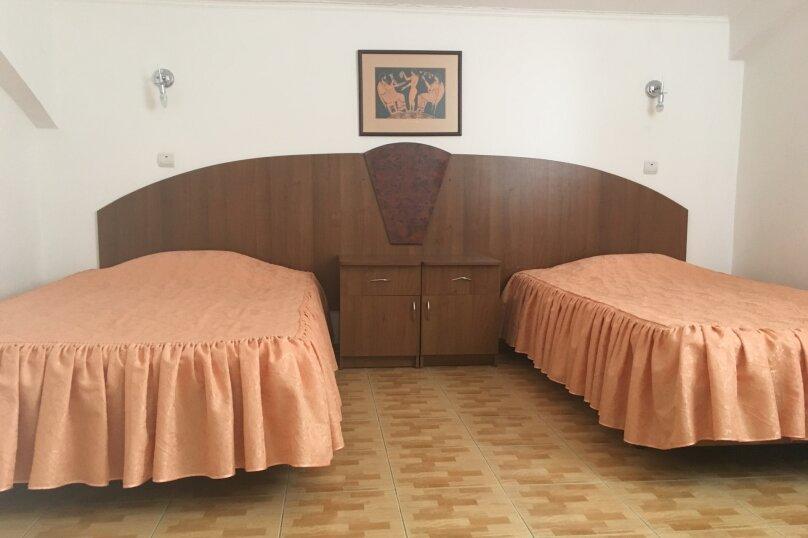 Полулюкс - мансарда, Терская улица, 52, Анапа - Фотография 1