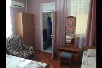 """Гостевой дом """"Альбина"""", улица Чкалова, 30 на 9 комнат - Фотография 1"""