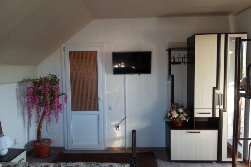"""Гостевой дом """"Орлиное Гнездо"""", Нижнесадовая улица, 242 на 3 комнаты - Фотография 3"""