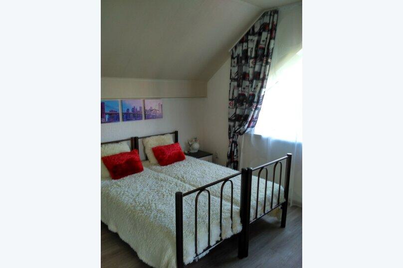 """Гостевой дом """"Орлиное Гнездо"""", Нижнесадовая улица, 242 на 3 комнаты - Фотография 8"""