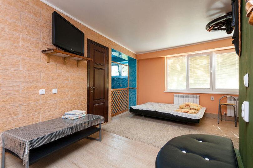 Семейный номер, 40 кв.м. на 3 человека, 1 спальня, ул. шоссе свободы, 15 б, Алупка - Фотография 8