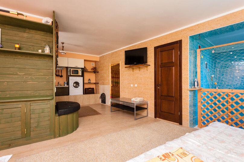 Семейный номер, 40 кв.м. на 3 человека, 1 спальня, ул. шоссе свободы, 15 б, Алупка - Фотография 1