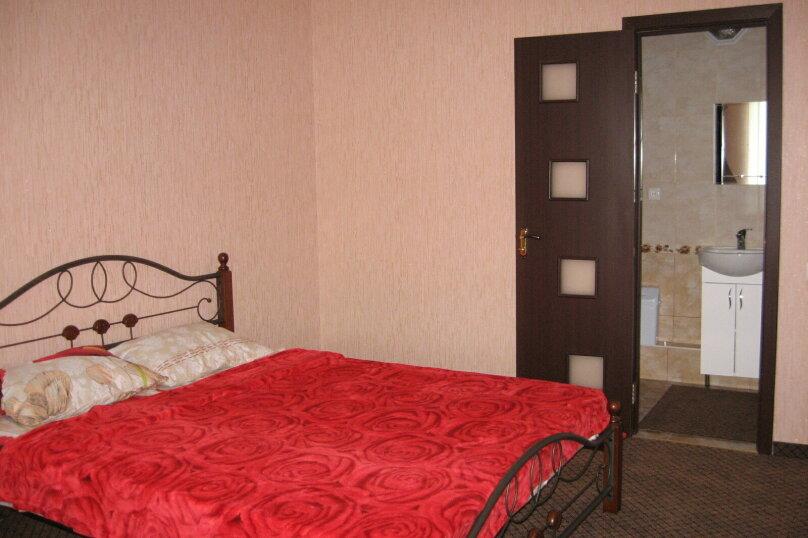 2- комнатный люкс, улица  Кадыр-Амет Мухтара, 13, Морское - Фотография 1