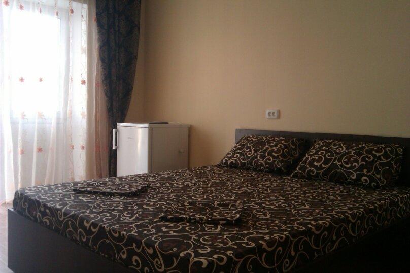 Жилой дом Оазис Судак, улица Художников, 4 на 21 комнату - Фотография 2
