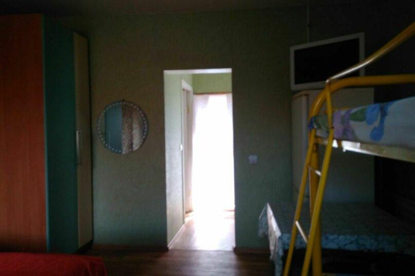 Дом, 70 кв.м. на 8 человек, 2 спальни, Кавказская улица, 14, Ейск - Фотография 16