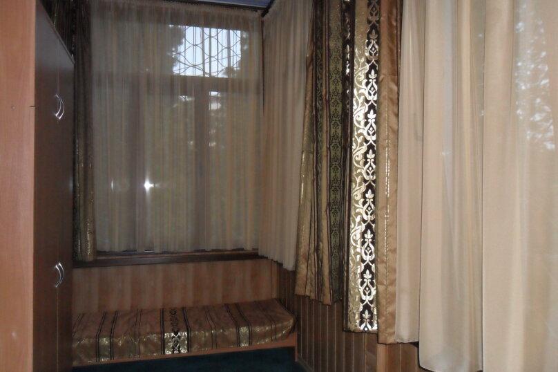 Дом с зелёным двориком, 100 кв.м. на 6 человек, 2 спальни, улица Загородная, дом 8, Ялта - Фотография 7