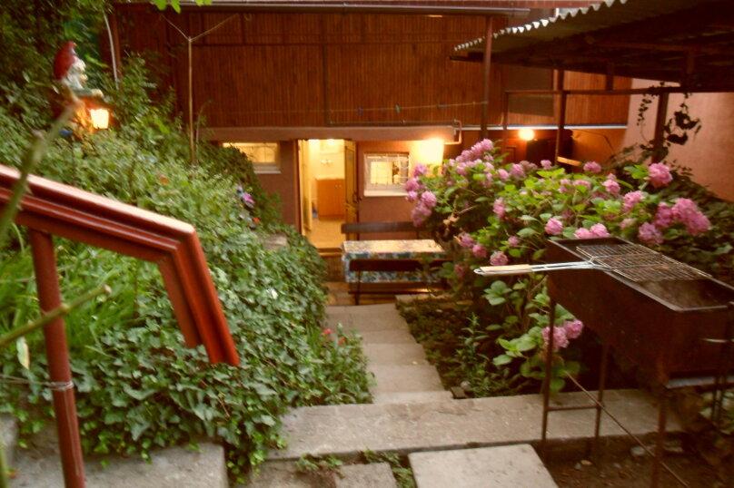 Дом с зелёным двориком, 100 кв.м. на 6 человек, 2 спальни, улица Загородная, дом 8, Ялта - Фотография 14