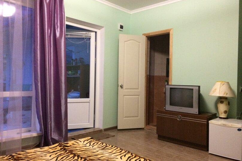 """Гостевой дом """"ЛИКА"""", Солнечная улица, 1 на 10 комнат - Фотография 4"""