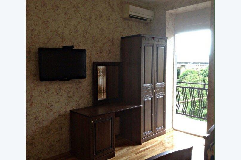 """Гостевой дом """"Кариота"""", улица Мира, 21А на 6 комнат - Фотография 3"""